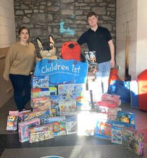Blackadders' donate Christmas gifts to Children 1st